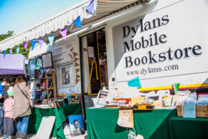 dylans-mobile-bookstore